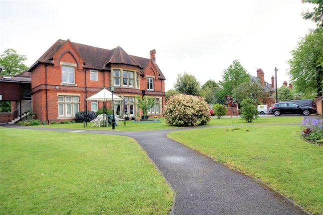 Picture No. 01 of Windsor Court, 11 Tilehurst Road, Reading, Berkshire RG1