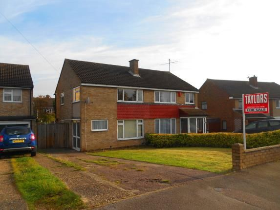 Thumbnail Semi-detached house for sale in Cotswold Close, Bedford, Bedfordshire