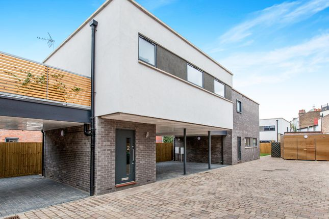Thumbnail Property to rent in York Road, Maidenhead