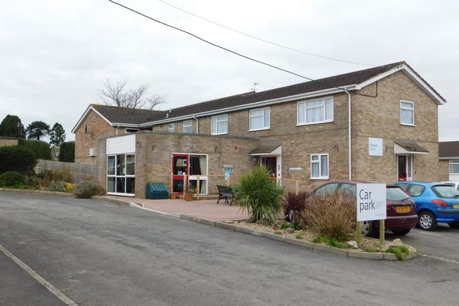 Thumbnail Flat to rent in Axminster