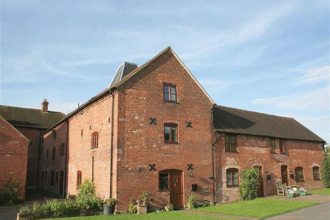 Thumbnail Barn conversion to rent in Priors Court, Ledbury, Herefordshire