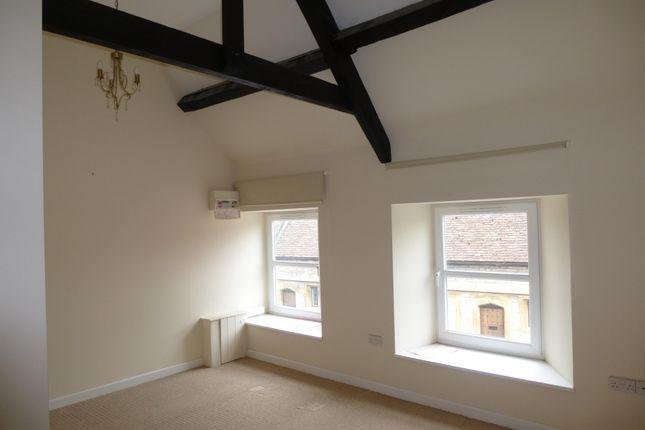 Thumbnail Flat to rent in West Street, Somerton