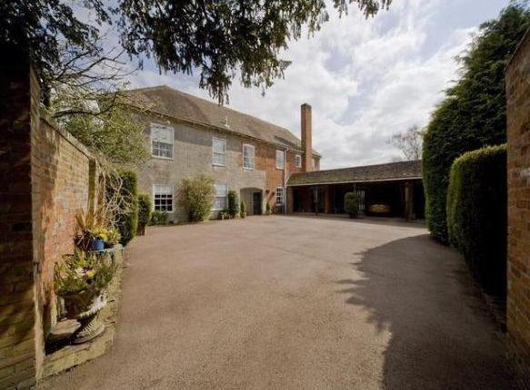 Thumbnail Cottage to rent in Rowington Hall, Rowington