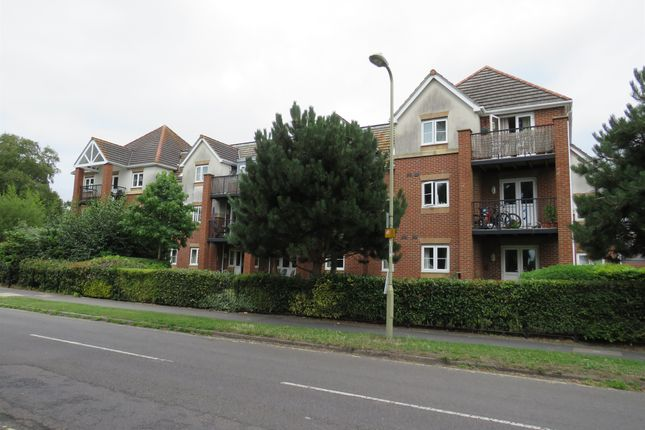 Thumbnail Flat for sale in Hiltingbury Road, Chandlers Ford, Eastleigh