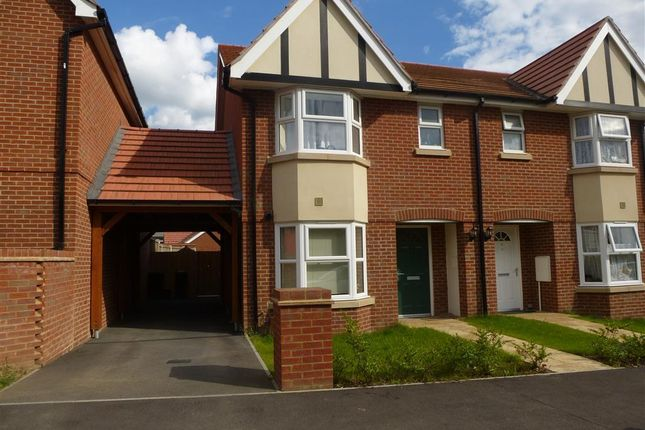 Thumbnail Semi-detached house to rent in Kings Avenue, Ashford