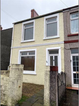 Thumbnail Semi-detached house to rent in Eastleigh Drive, Milford Haven, Pembrokeshire