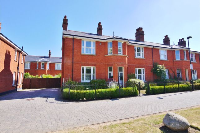 Thumbnail Semi-detached house for sale in Richmond Avenue, Brentwood, Essex