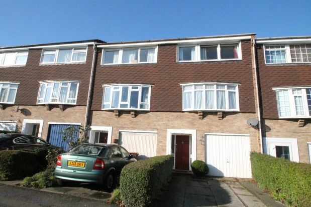 Thumbnail Property to rent in Hatherley Road, Sidcup
