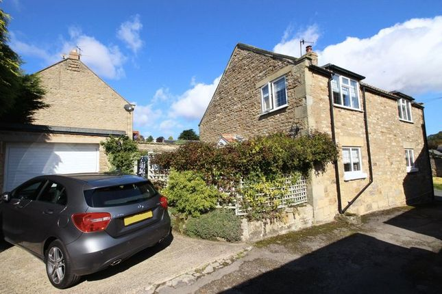 Thumbnail Cottage for sale in Yedmandale Road, West Ayton, Scarborough