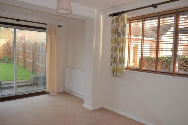 Dining Room of Halloughton Road, Southwell NG25