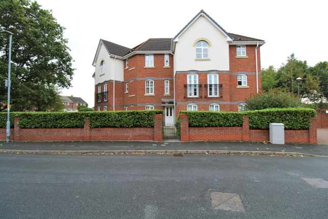 2 bed flat for sale in Cromwell Avenue, Stockport SK5
