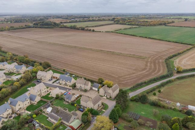 Thumbnail Property for sale in Sunhill Close, Fairford