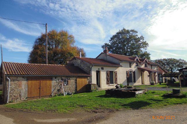 Thumbnail Business park for sale in St Barbant, Haute-Vienne, Nouvelle-Aquitaine