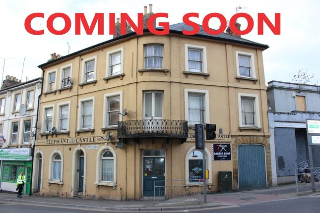 Thumbnail Flat for sale in Middle Street, Yeovil