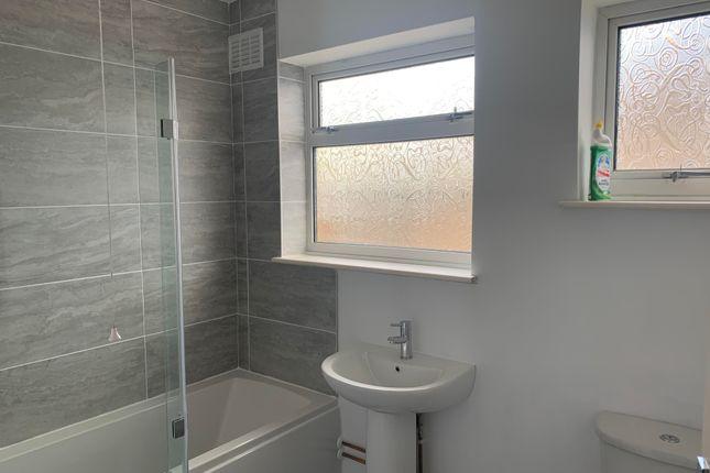 Bathroom of Whitehall Gardens, Canterbury CT2