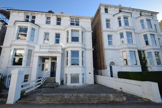 Flat to rent in Lennox Road South, Southsea
