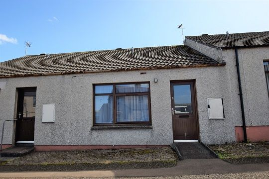 Thumbnail Terraced bungalow for sale in 2 Smith Place, Thurso