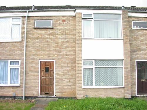 Thumbnail Semi-detached house to rent in St Govans Close, Sydenham, Leamington Spa