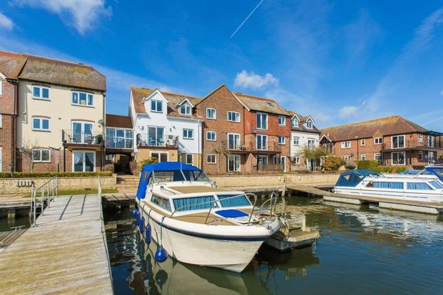 Thumbnail Flat for sale in West Quay, Abingdon Marina, Abingdon