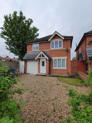 Thumbnail Detached house to rent in Bispham Road, Blackpool, Lancashire