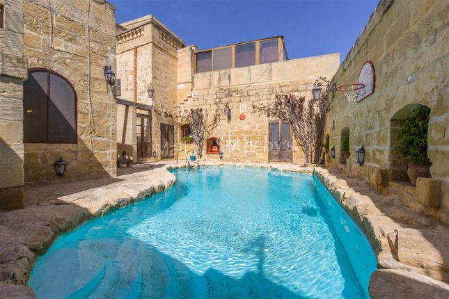 5 bed farmhouse for sale in House Of Character, Gozo, Malta