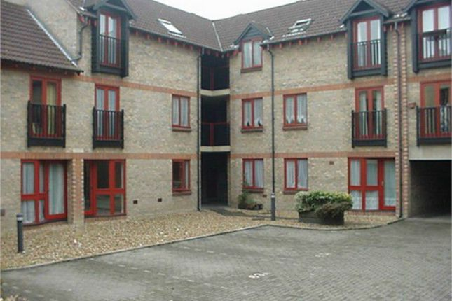 Thumbnail Studio to rent in St. Georges Court, Huntingdon
