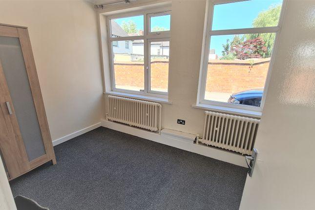 Thumbnail Flat to rent in Blakenhall Lane, Walsall
