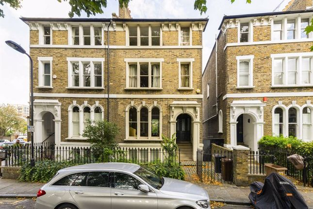 Thumbnail Semi-detached house to rent in Cassland Road, London