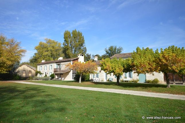Thumbnail Property For Sale In Montguyon, Charente Maritime, 17270, France