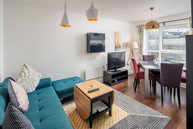 Reception Room of 146 Westferry Road, London E14