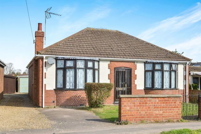Thumbnail Detached bungalow for sale in Mill Road, Bletchley, Milton Keynes