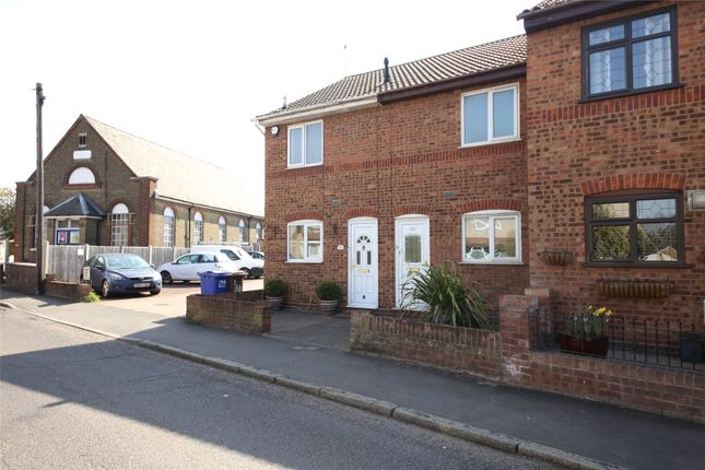 1 bed terraced house to rent in Victoria Road, Stanford-Le-Hope SS17