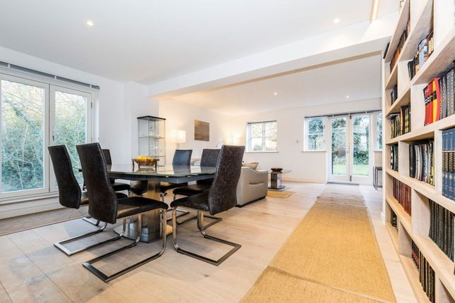 Dining Area of Epping New Road, Buckhurst Hill IG9
