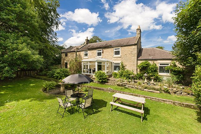 Thumbnail Farmhouse for sale in Hagg Hill Farm, Spa Well Road, Spa Well Road, Winlaton Mill, Tyne & Wear