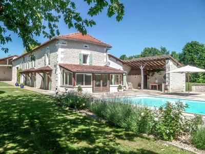 5 bed property for sale in Verteillac, Dordogne, France