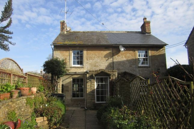 Thumbnail Cottage to rent in Wharf Lane, Lechlade