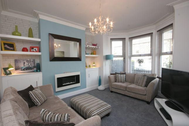 Thumbnail Terraced house to rent in Radlyn Park, West End Avenue, Harrogate