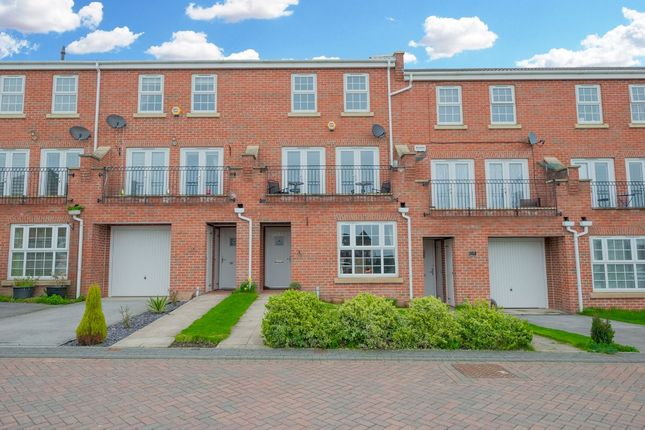 Thumbnail Town house for sale in St Hilaire Walk, Leeds