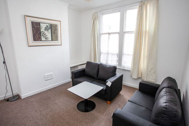 Living Room of Bankfield Avenue, Longsight, Manchester M13