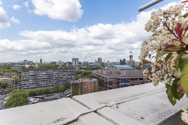 Thumbnail Flat for sale in Metro Central Heights, 119 Newington Causeway, London