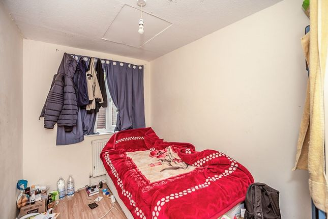 Bedroom of Wellington Close, London SE14