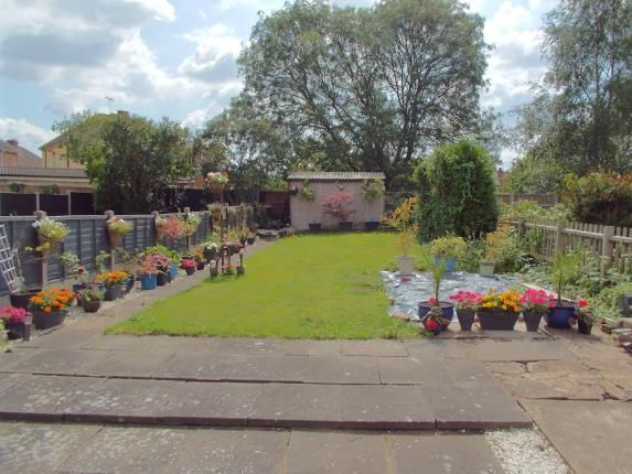 Garden of Shetland Road, Leicester, Leicestershire LE4