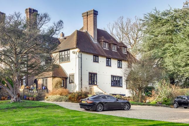 Thumbnail Property to rent in Yaffle Road, St. Georges Hill, Weybridge
