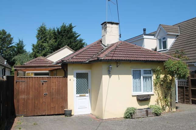 Thumbnail Detached bungalow to rent in Radley Road, Abingdon