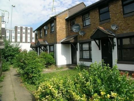 Thumbnail Semi-detached house to rent in Longbridge Way, London