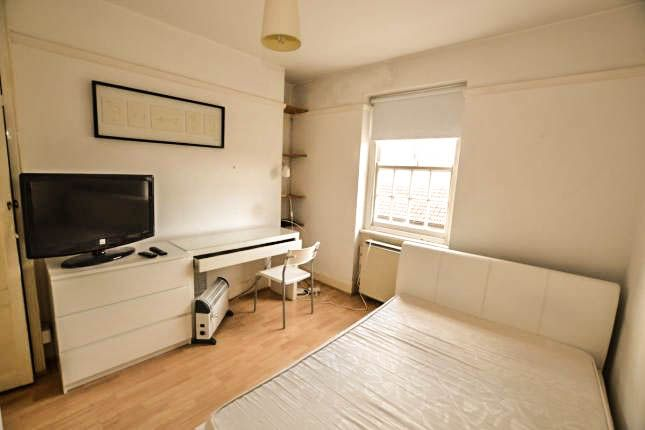 Thumbnail Flat to rent in Gerridge Street, London