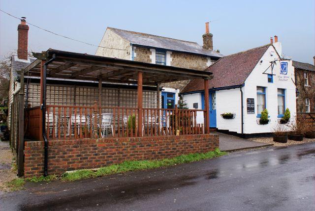Thumbnail Pub/bar for sale in Bridge Street, Brabourne Lees