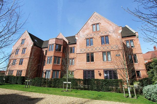 Thumbnail Flat for sale in Rose Court, The Galleries, Warley, Brentwood, Essex