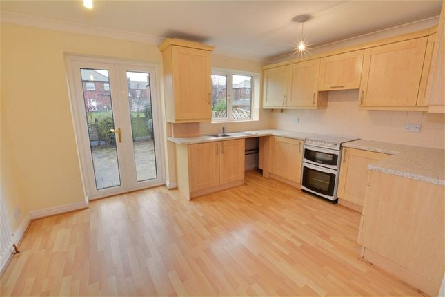 Thumbnail Town house to rent in Marshall Mews, Castleford