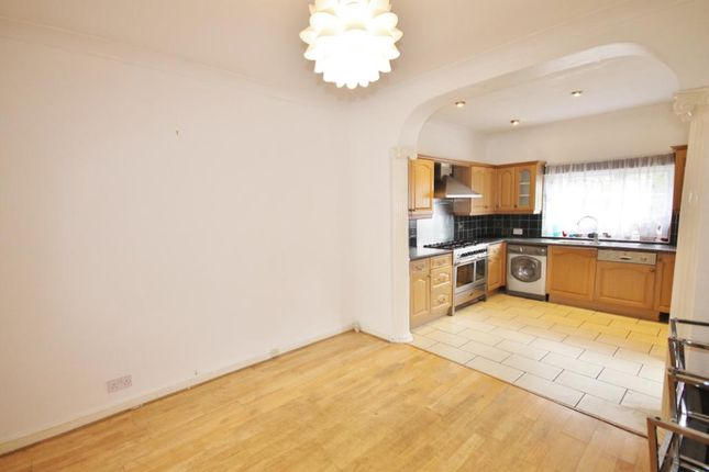 Thumbnail Terraced house to rent in London Road, Isleworth
